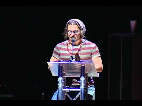 Watch Video of Johnny Depp Playing Guitar and Performing with Eddie Vedder and Patti Smith At Benefit Concert 2010-09-02 04:32:42
