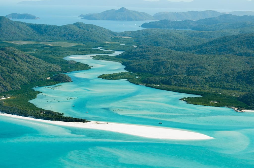Whitehaven Beach, Whitsunday Island, QLD
