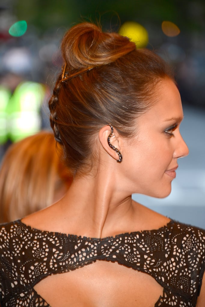 Jessica Alba Modern Updos Buns And Chignons Celebrity Hair How