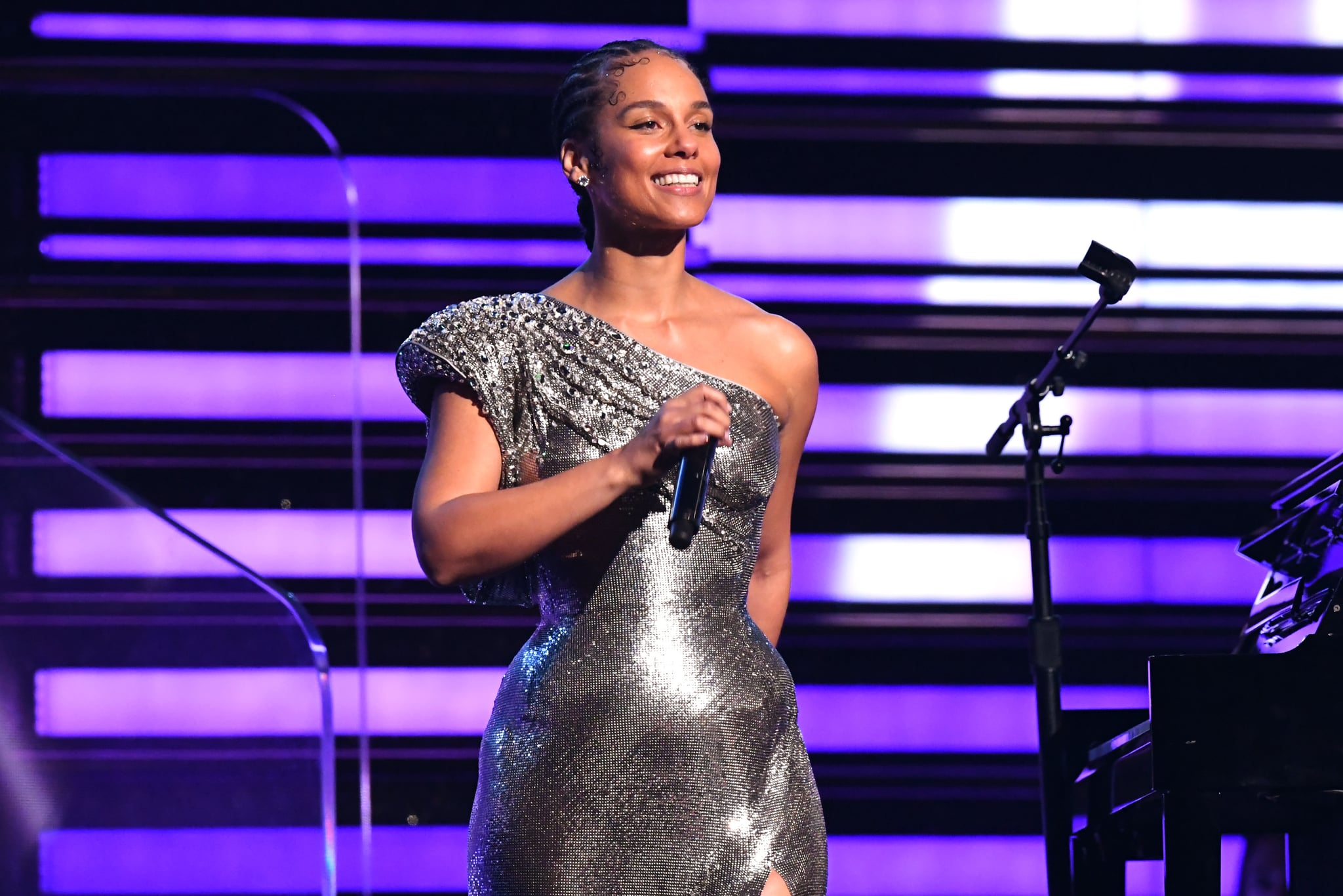 LOS ANGELES, CALIFORNIA - JANUARY 26: Host Alicia Keys performs onstage during the 62nd Annual GRAMMY Awards at Staples Centre on January 26, 2020 in Los Angeles, California. (Photo by Jeff Kravitz/FilmMagic)