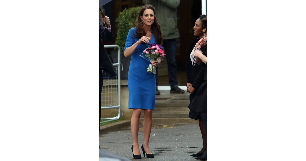 Kate middleton in blue lk bennett dress in london for Lk bennett wedding dress