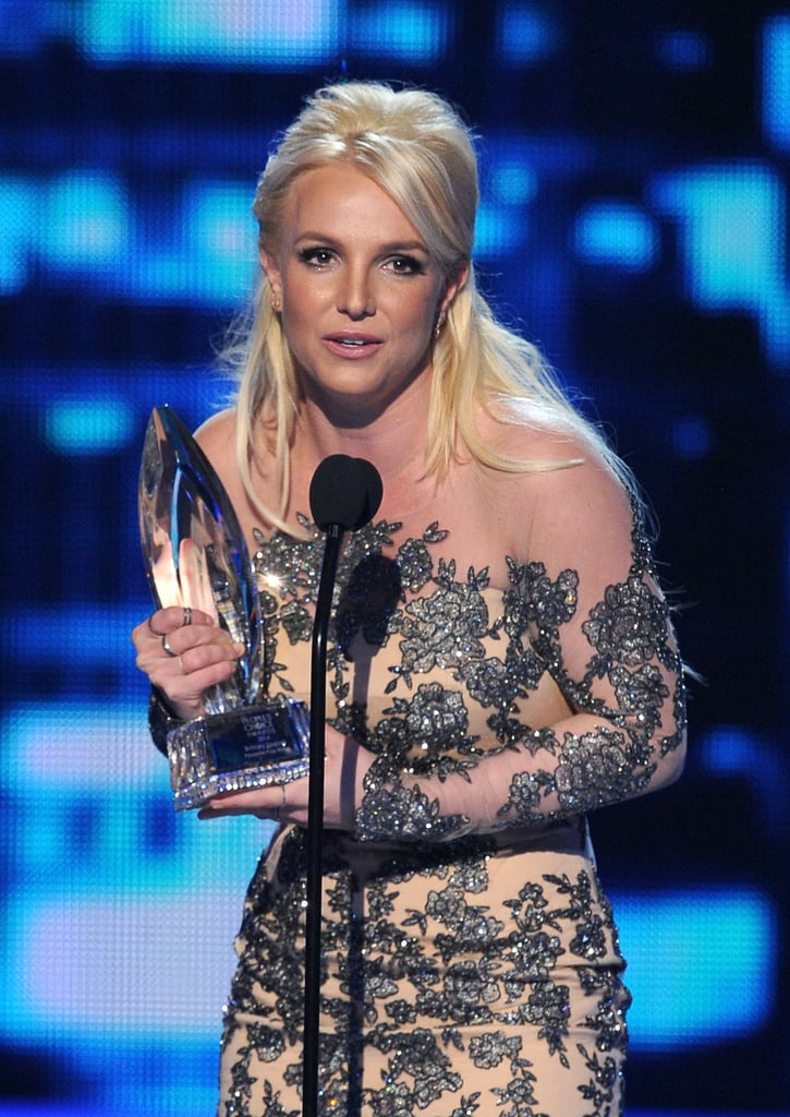 Britney Spears won favorite pop artist at the People's Choice Awards.