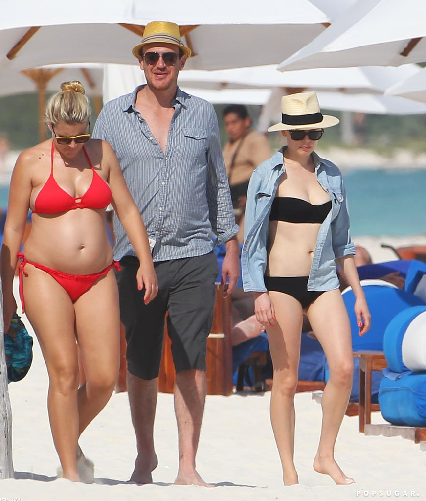 Pregnant Busy Philipps wears a bikini while hanging out with Michelle Williams and Jason Segel in Mexico.
