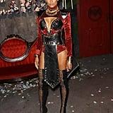 سيارا تطلّ بزيّ ناكيا من فيلم Panther Black في الهالوين