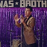 "Jonas Brothers ""What a Man Gotta Do"" Music Video"