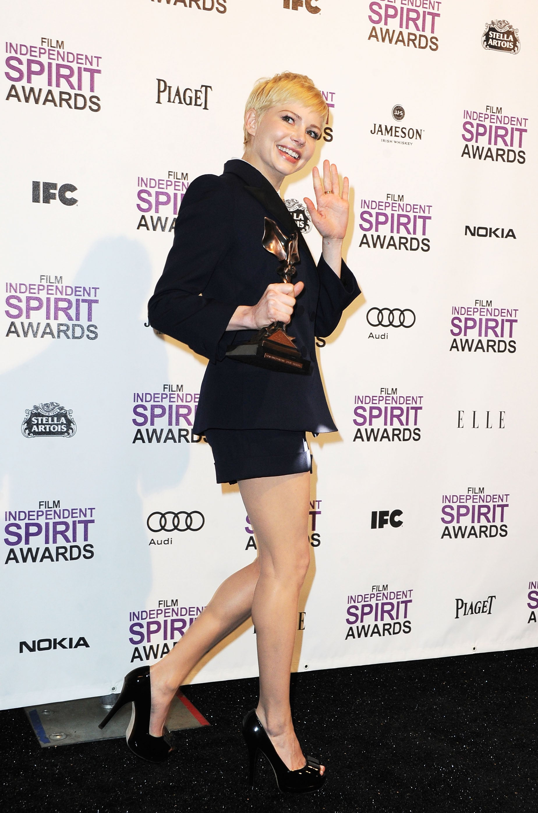 Michelle Williams gracefully accepted an award at the February 2012 Film Independent Spirit Awards in LA.