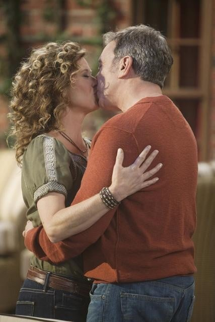 Nancy Travis and Tim Allen in ABC's Last Man Standing.