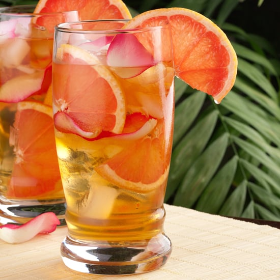Fruits and Herbs to Add in Iced Tea