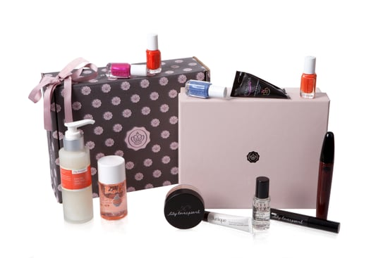 Find Out About GlossyBox Australia Where You Get Monthly Beauty Product Samples
