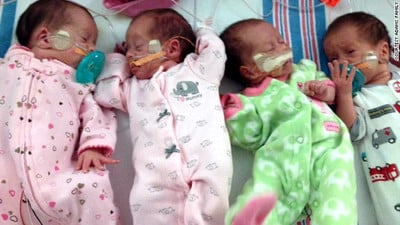 Mom Diagnosed with Cancer While Pregnant With Quadruplets