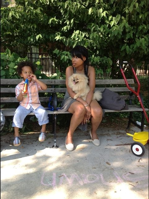 Jennifer Hudson spent a day at the park with her son, David, and their dog. Source: Twitter user IAMJHUD