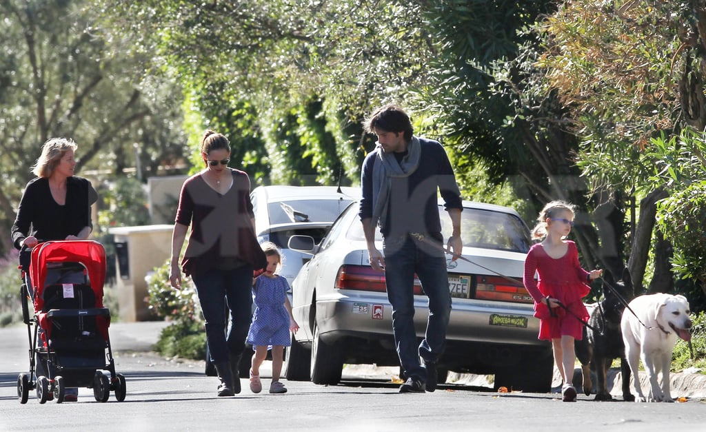 The entire Garner-Affleck crew — Jennifer, Ben, Violet, Seraphina, Ben's mom Chris, and their two dogs — took a walk in Pacific Palisades yesterday. The family spent their holidays close to home in LA with Jen, who wore an Autumn Cashmere sweater for the stroll, due to give birth to her third child in the next few weeks. Ben and Jen have many exciting events to look forward to in 2012, but it looks like their first order of business is celebrating Seraphina's 3rd birthday on Friday! Their youngest daughter got an early birthday treat when Jen took Seraphina to get her nails painted at a local salon.