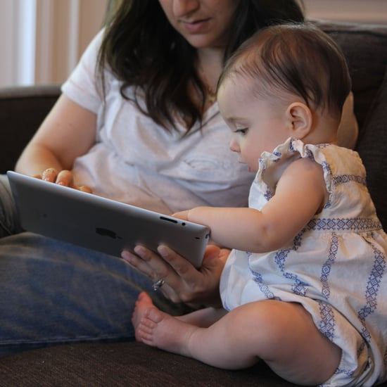 مغادرة مجموعات الأمهات على الفيسبوك