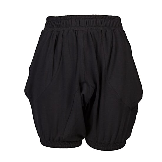"Prose IV Nous Shorts, $84    Pair with:    <iframe src=""http://widget.shopstyle.com/widget?pid=uid5121-1693761-41&look=3445449&width=3&height=3&layouttype=0&border=0&footer=0"" frameborder=""0"" height=""244"" scrolling=""no"" width=""286""></iframe>"