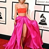 Taylor Swift Fixed Her Skirt