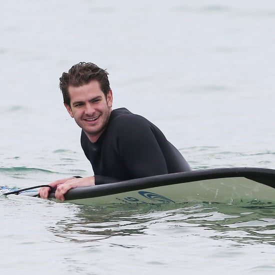 Andrew Garfield Teaching Kids With Autism to Surf | Pictures
