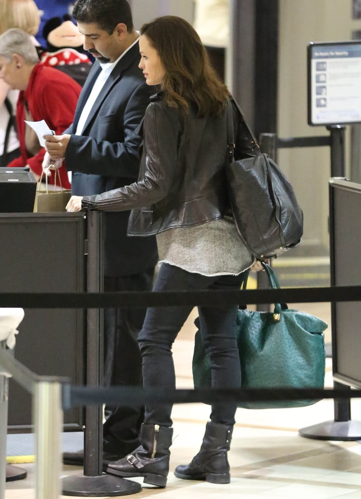 Jennifer Garner went through security at LAX.
