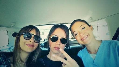Rashida Jones took a ride with Aubrey Plaza and Orphan Black's Tatiana Maslany. Source: Twitter user iamrashidajones