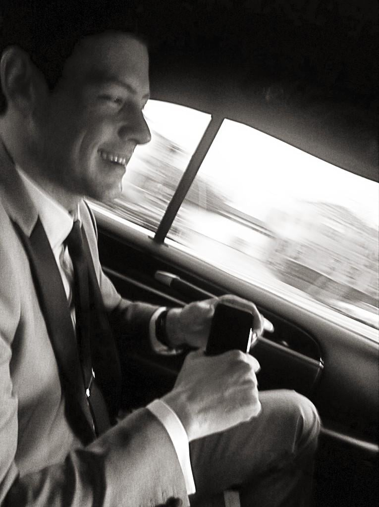 Cory Monteith was tuxed up on the way to the SAG Awards. Source: Twitter user msleamichele