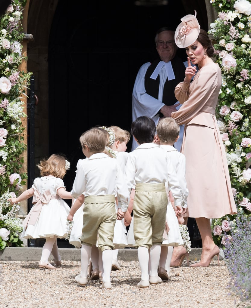 kate middleton at pippa middletons wedding pictures