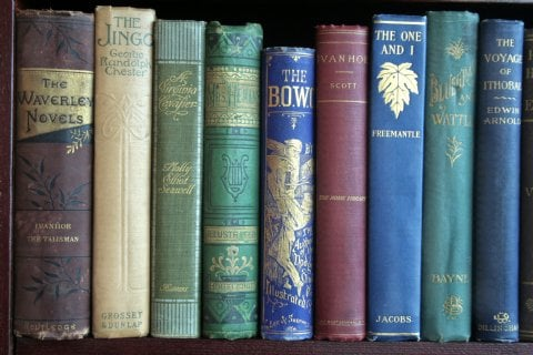 Cool Idea: Books by the Foot