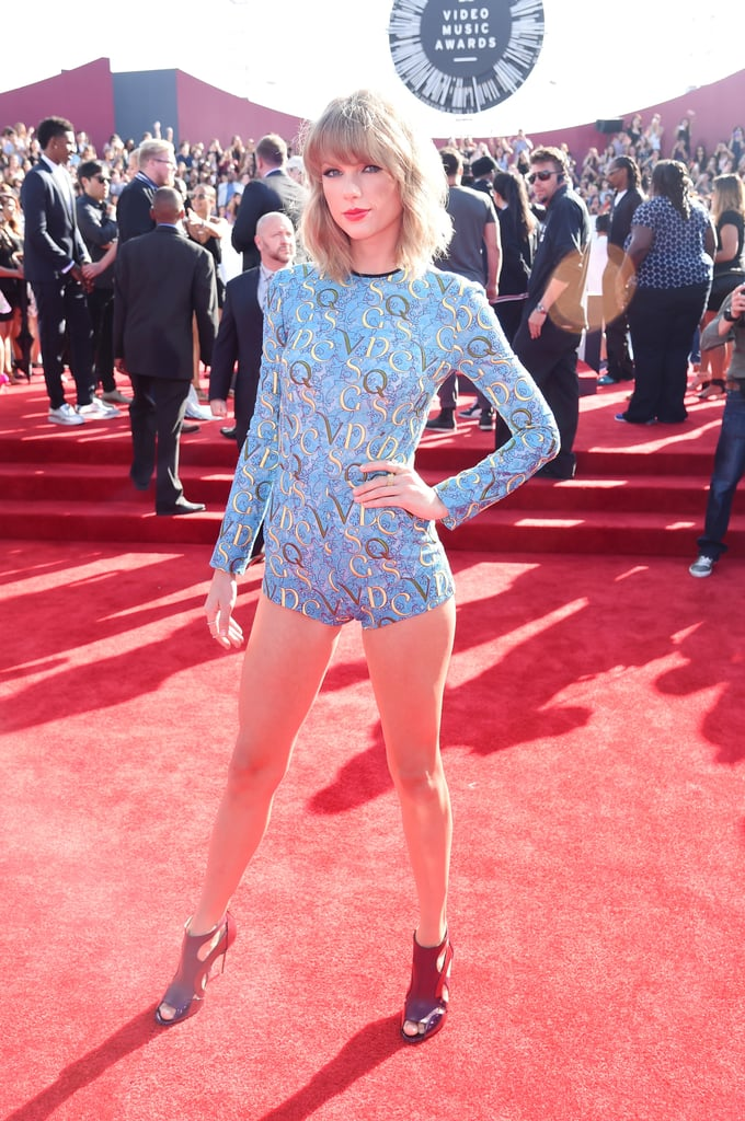 Taylor swift at the mtv vmas 2014 pictures popsugar celebrity taylor swift put her mile long legs on display on sunday night when she attended sciox Gallery