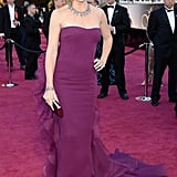 Jennifer Garner wore a purple Gucci gown to the Oscars.