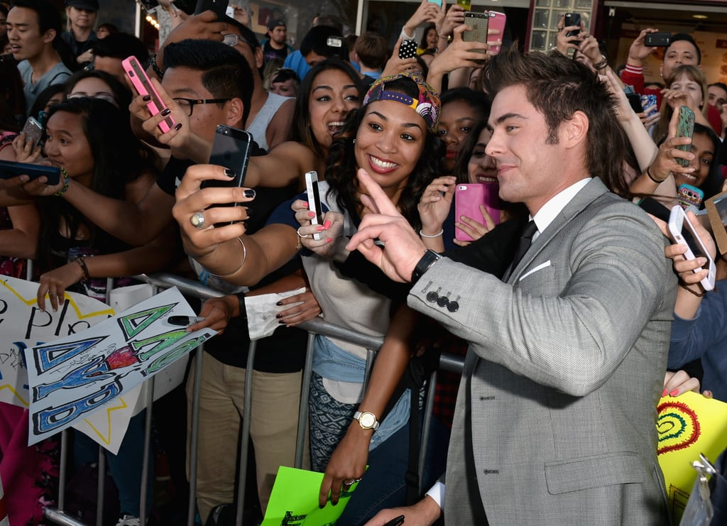 Zac snapped some selfies.