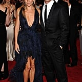 Sienna Miller with Jude Law.