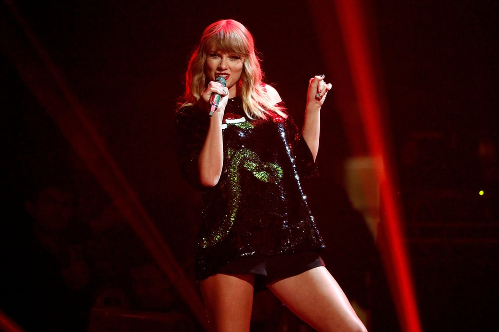 Taylor Swift's Christmas Skittles Manicure Is Festive AF