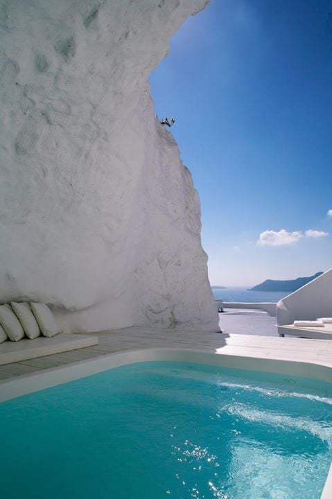 Katikies Hotel Cave Pool, Greece