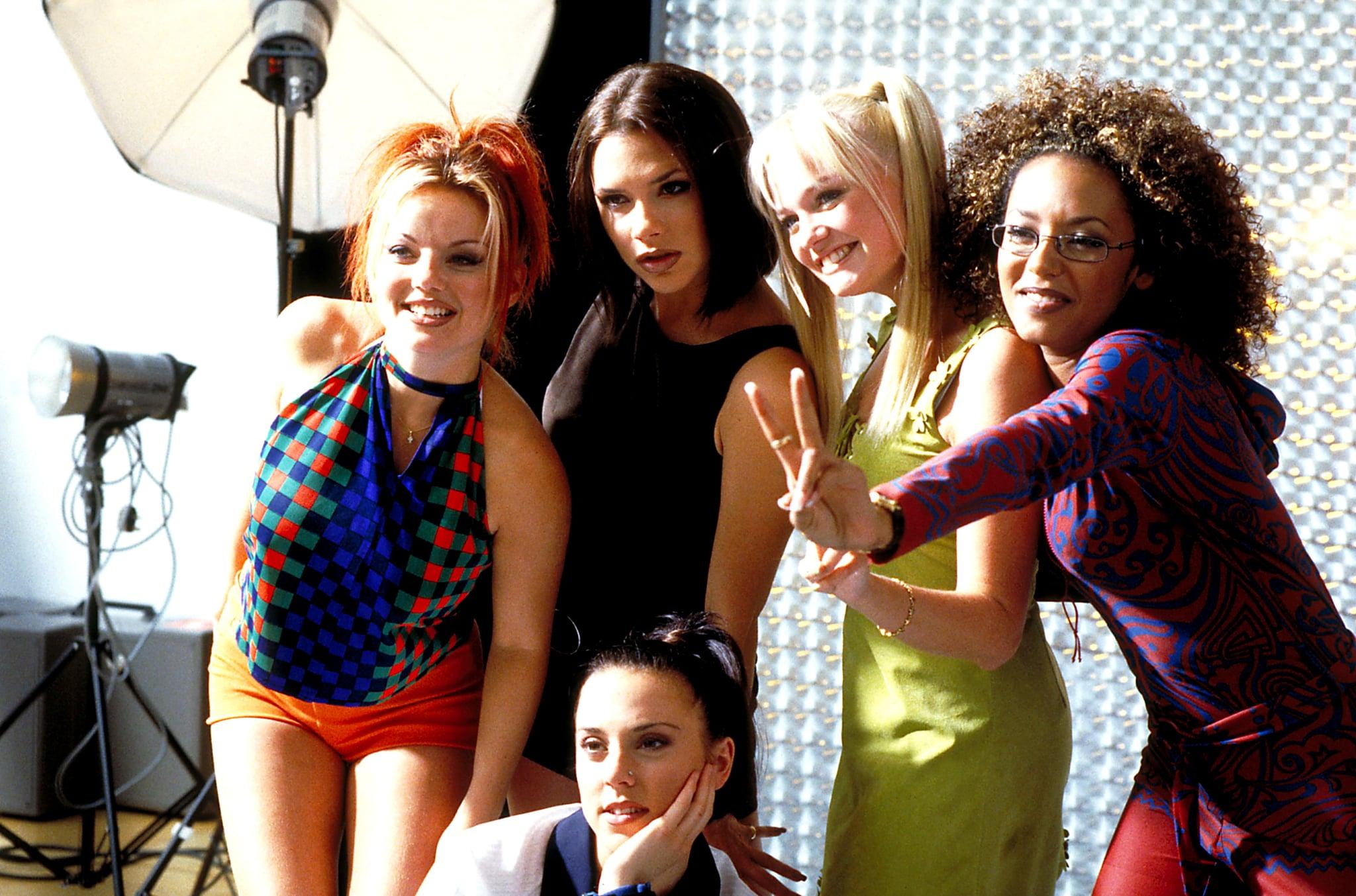 SPICE WORLD, Gerri Halliwell, Victoria Beckham, Emma Bunton, Melanie Brown, Melanie Chisholm,1997,(c) Columbia/courtesy Everett Collection