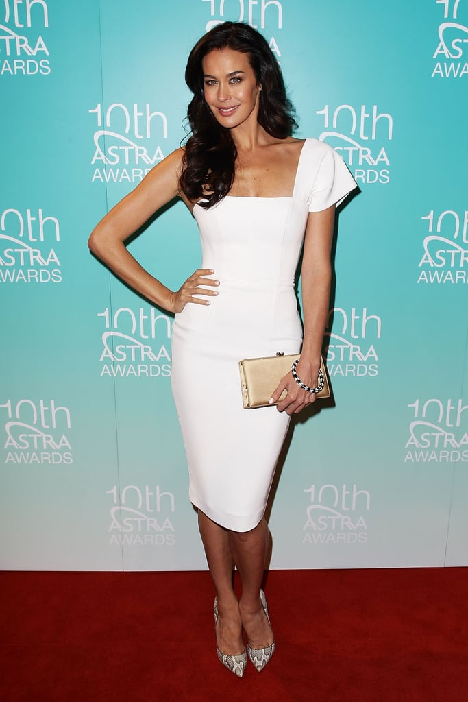 Megan Gale opted for a chic LWD by good friend Alex Perry for the ASTRA Awards and we thought the one-shoulder number really accentuated her figure.