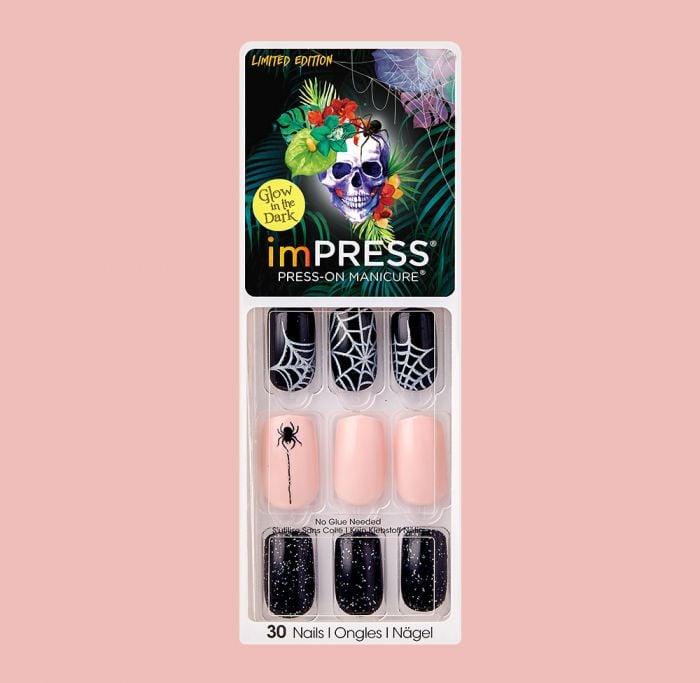 imPRESS Press-on Manicure in Medium in Full Moon