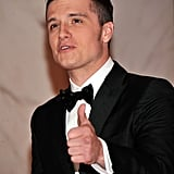 Josh Hutcherson gave a thumbs up at the White House Correspondant's Dinner.