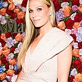 Molly Sims may have kept her wardrobe focused on pastels, but she added a sultry touch with a subtle smoky eye, which she balanced with a simple pink lip gloss.