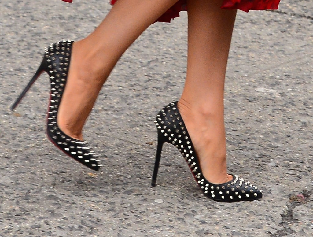 She added edge with a pair of spiked Christian Louboutin pumps.