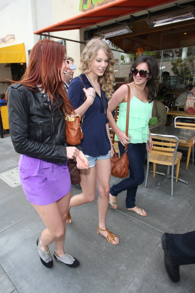 Photos of Taylor Swift Getting Coffee in LA