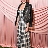 Mandy gave her simple linen dress an edgy spin by wearing a leather jacket while attending the Alice + Olivia Fall presentation in February 2017.
