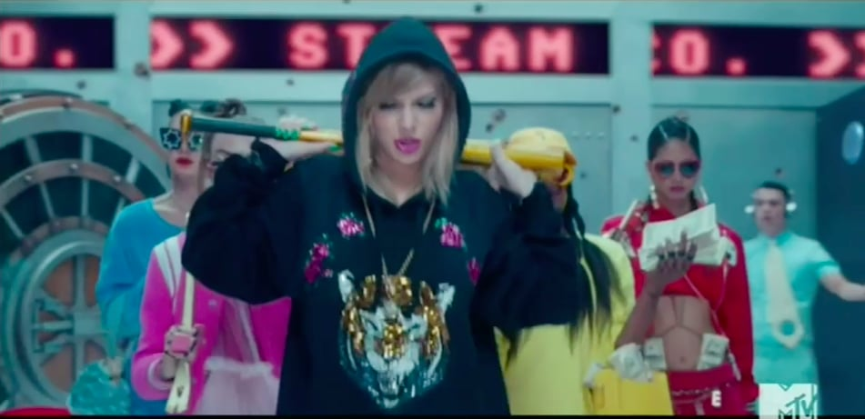 "Taylor Swift's Style in ""Look What You Made Me Do"" Video"