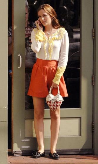 Gossip Girl's Leighton Meester Uses Orange LG enV Cell Phone as Blair Waldorf