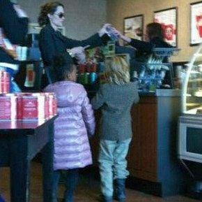 Angelina Jolie sighting in Missouri!
