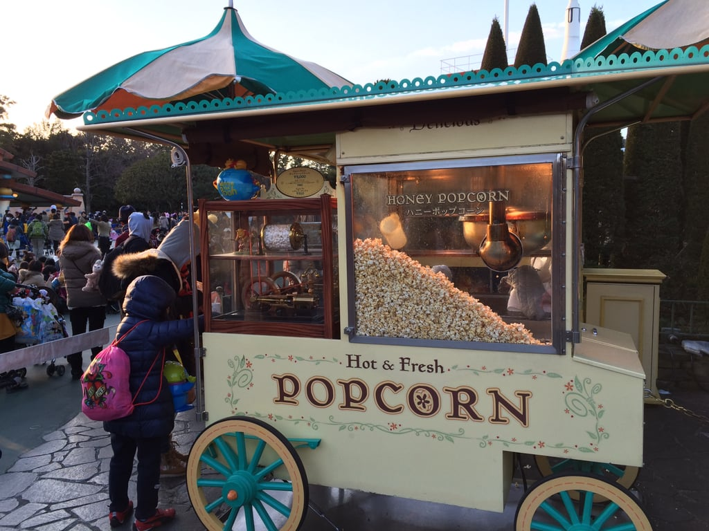 Here's one of the popcorn stations. Honey-flavored popcorn paired with a Winnie the Pooh bucket, naturally.
