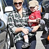 Amy Poehler Starts Her SAG Weekend by Hitting the Park With Archie