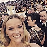 Reese took a fun selfie on the Oscars red carpet.
