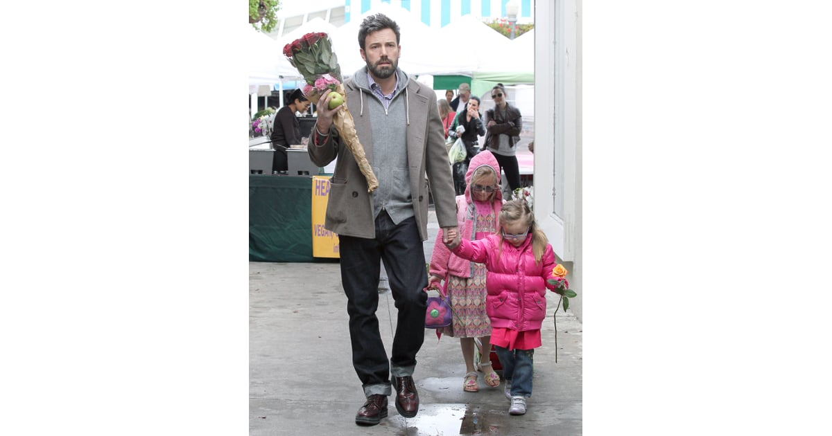 Ben Affleck picked up flowers at a farmers market with his ...