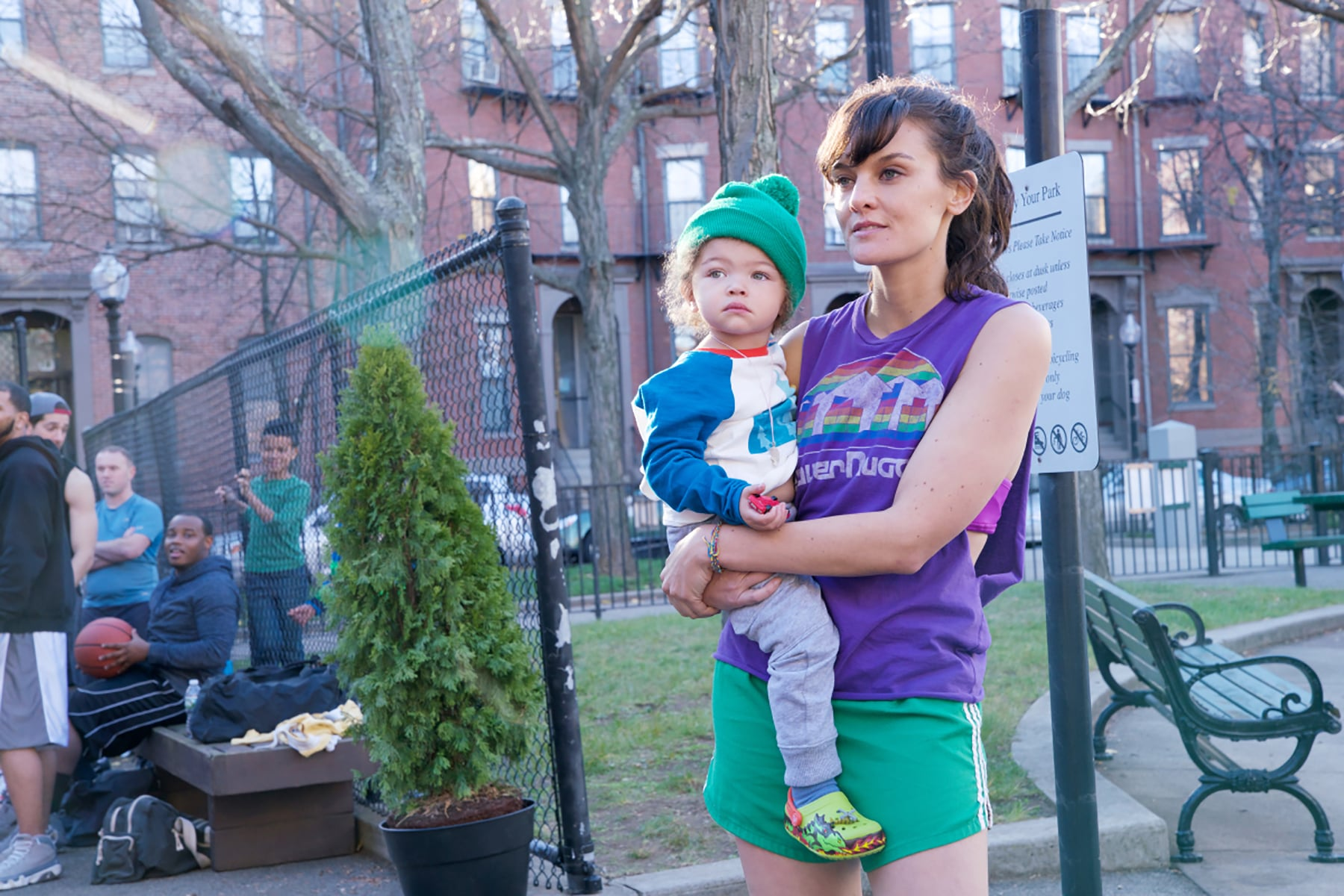 SMILF,(front, from left): Alexandra/Anna Reimer, Frankie Shaw, 'A Box of Dunkies and Two Squirts of Maple Syrup', (Season 1, ep. 101, airs Nov. 5, 2017). photo: Mark Schafer / Showtime  / Courtesy: Everett Collection