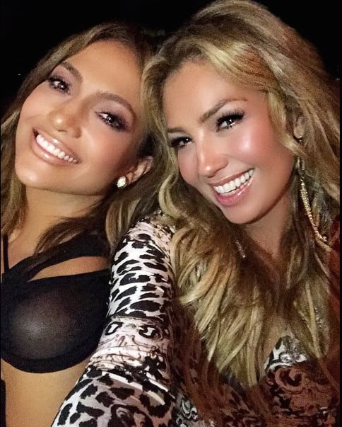 Jennifer Lopez and Thalia 2004 Pictures