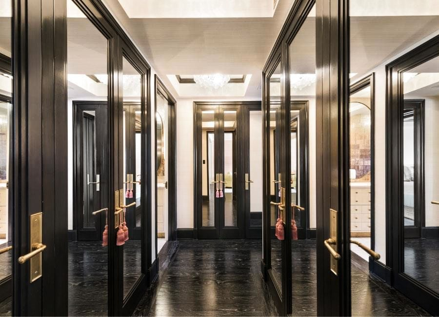 Cameron has the kind of expansive closet space most New Yorkers can only dream of off of her master bedroom.