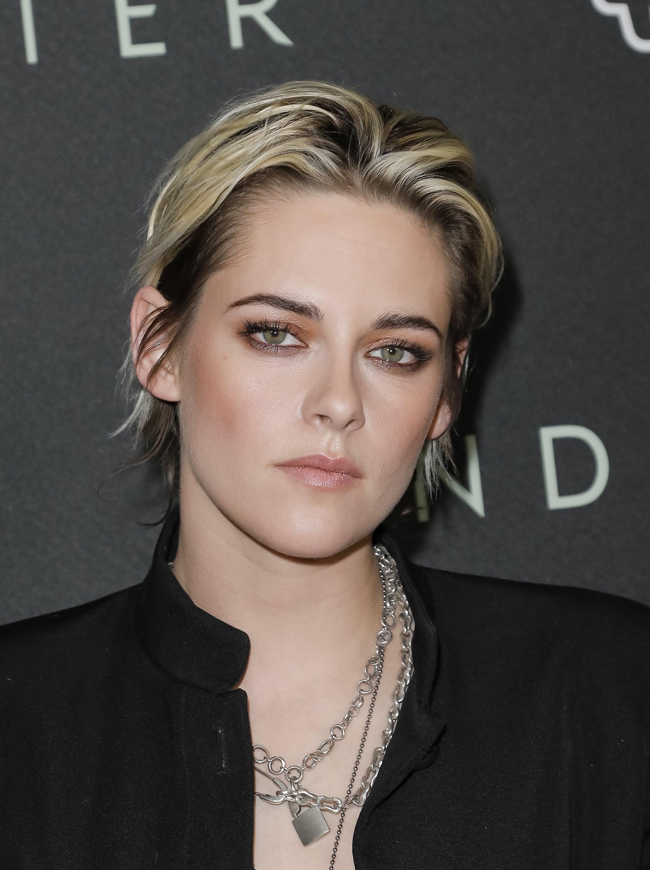 What Is Kristen Stewart S Natural Hair Color Popsugar Beauty